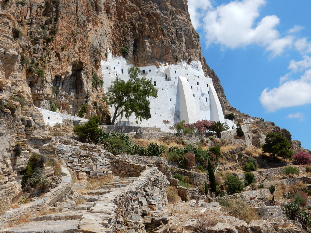 The monastery of Panagia Hozoviotissa, from the trail (looking up)