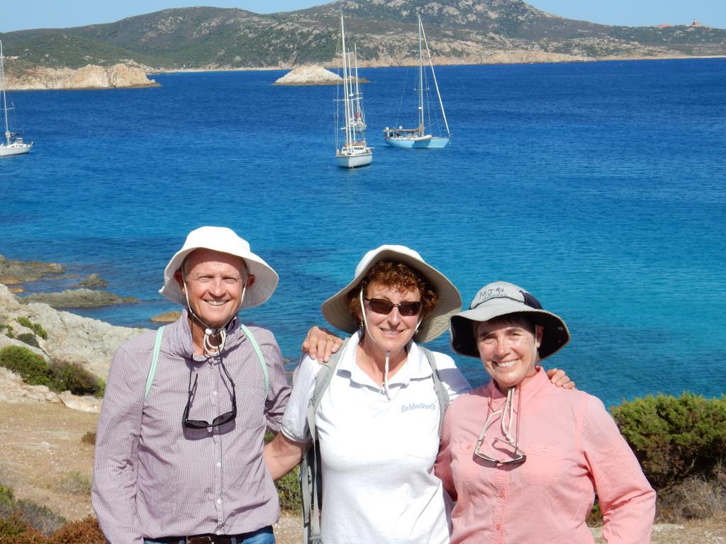 "Melinda and Dave of ""Sassoon"" pose with Laura at Malfatano"