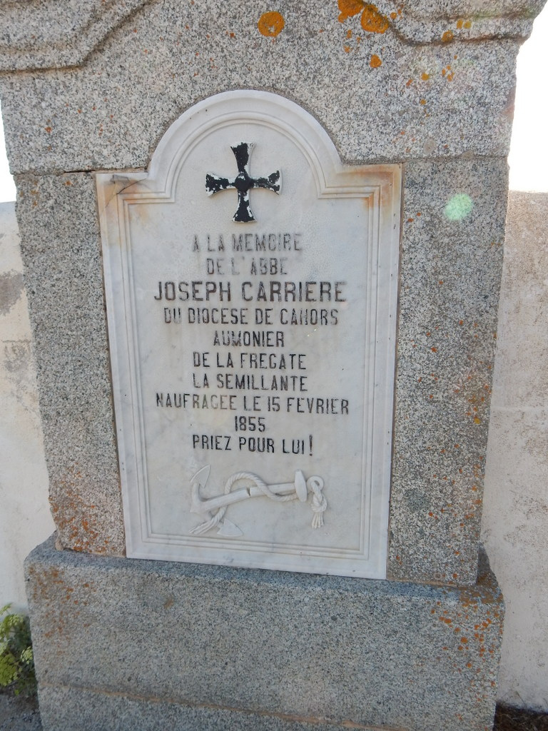 Grave of the Chaplain of the Sémillante.